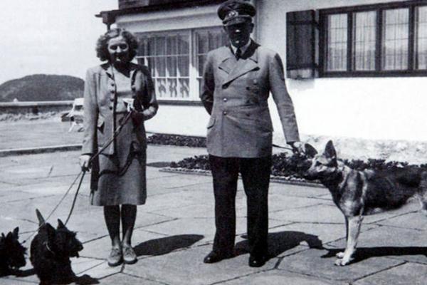 هتلر والمودام إيفا براون