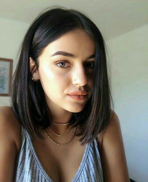 Brunette + Short Hair Cutting Idea + Makeup # Short Hairstyles
