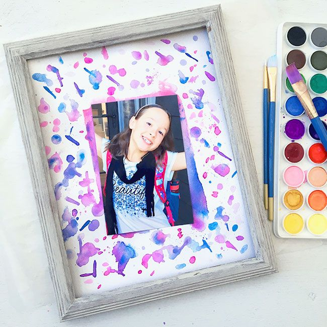 Splatter Paint Photo Mat | Decorate your photos with a custom painted photo mat.