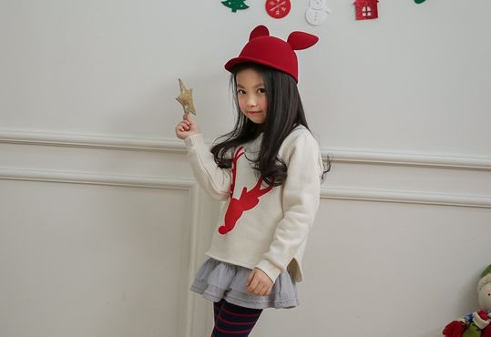 Korea children's No.1 Shopping Mall. EASY & LOVELY STYLE [COOKIE HOUSE] Red Nosed Reindeer T-shirt / Size : 5-13 / Price : 25.19 USD #dailylook #dailyfashion #fashionitem  #kids #kidsfashion #top #longT #TEE #MTM #Tshirts #T #Rudolph #COOKIEHOUSE #OOTD http://en.cookiehouse.kr/ http://cn.cookiehouse.kr/ http://jp.cookiehouse.kr/