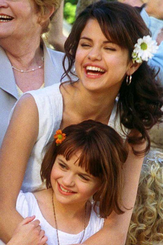 selena gomez ramona and beezus movie photos   Selena Gomez, Joey King in Ramona and Beezus (2010)