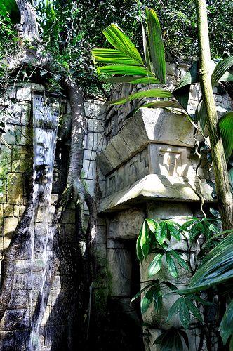 Small Mayan temple - Chichen Itza, Mexico, 9th Century