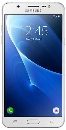 Samsung Galaxy J5 (2016), 16 Гб, Белый  — 13990 руб. —  Samsung Galaxy J5 (2016) пришел на смену модели 2015 года. Он обладает Super AMOLED-дисплеем с высоким разрешением и отображает 16 млн цветов. В стильном корпусе заключена настоящая мощь. За быстродействие и многозадачность отвечает четырехъядерный процессор с тактовой частотой 1,2 Ггц и 2 ГБ оперативной памяти. Металлическая рамка корпуса надежно защищает смартфон от ударов и сколов и помогает сохранить аккуратный внешний вид…