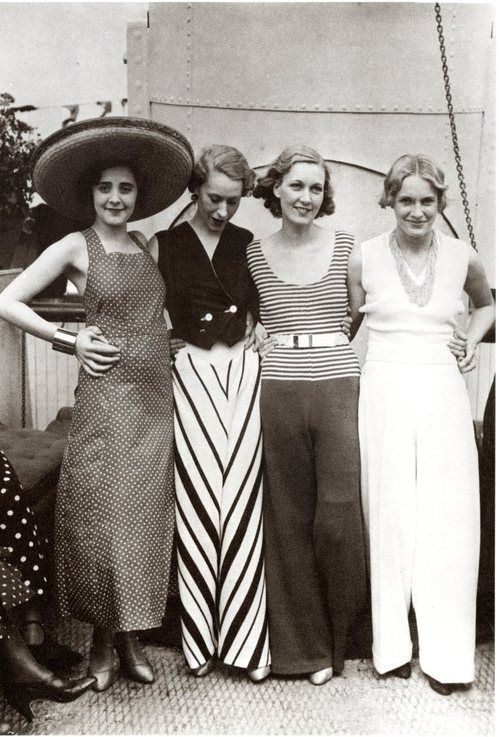 Vintage Fashion and Glam, 1930. Look at those incredible women's trousers.
