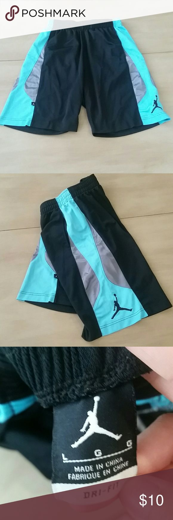 Black & Teal Jordan Basketball Shorts These are authentic Jordan Basketball Shorts. No issues with the wear of the fabric. Only thing, there is no drawstring for the shorts. Size Men's large. Jordan Shorts