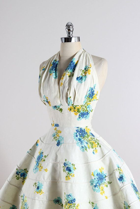 Far and Away . vintage 1950s dress . vintage by millstreetvintage
