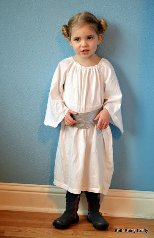 Little Leia Costume: Add a white turtle neck, pants, and ...