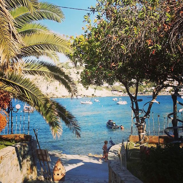 Ligaria Beach - Mple  • Instagram photos and videos