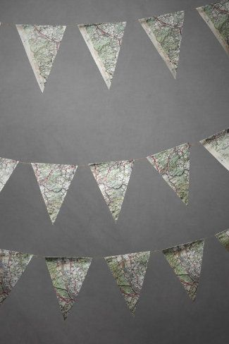 DIY idea: Map pendant garland