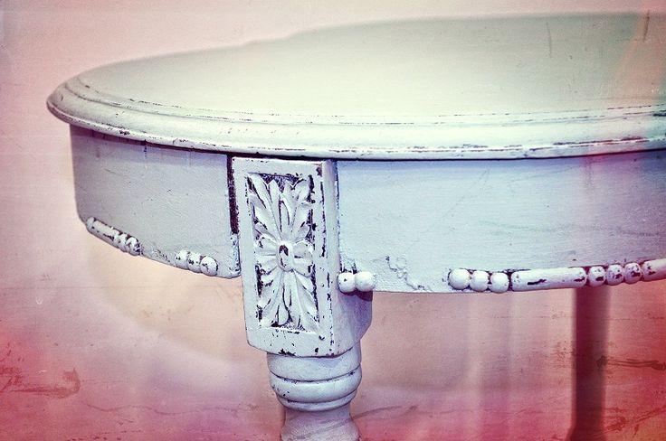 Fotos de muebles pintados con chalk paint mesas y blog - Mesas pintadas a la tiza ...