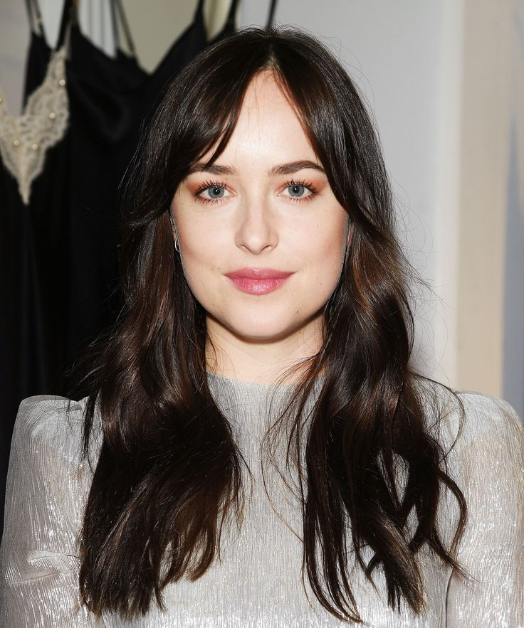 Dakota Johnson Is Rocking Pinterest S Most Popular Fall Haircut Bang Hair Hair Trends And