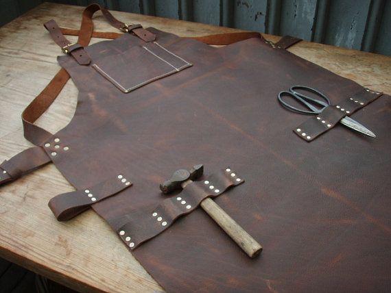 Leather Work Apron, top pocket plus tool loops