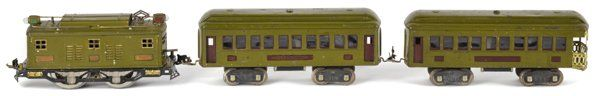 Lionel standard gauge three-piece train set, to include a #8E Engine, a #337 Pullman car, and a #338 Observation car