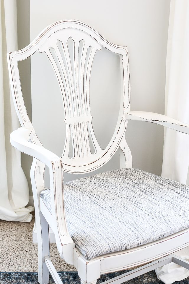 Best 25+ Master bedroom chairs ideas on Pinterest   Bedroom chair ...