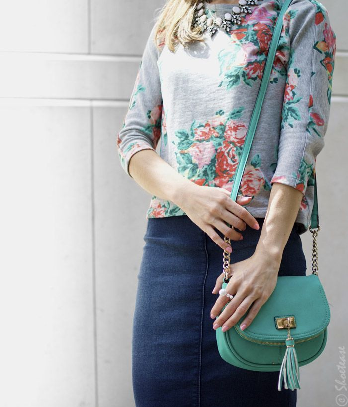 Floral Sweatshirt denim skirt & mint purse