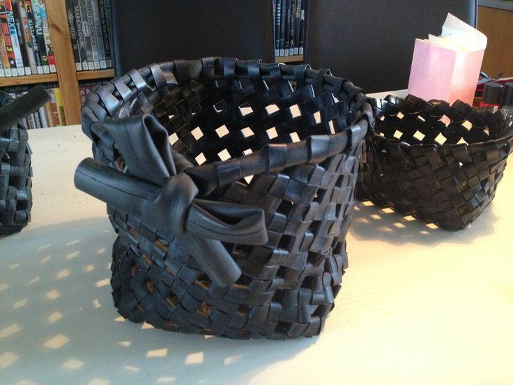 Jannis Blog: DIY flettet kurv af cykelslange