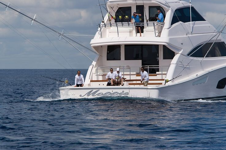 27 best pn perfil bertram images on pinterest luxury for Luxury fishing boats