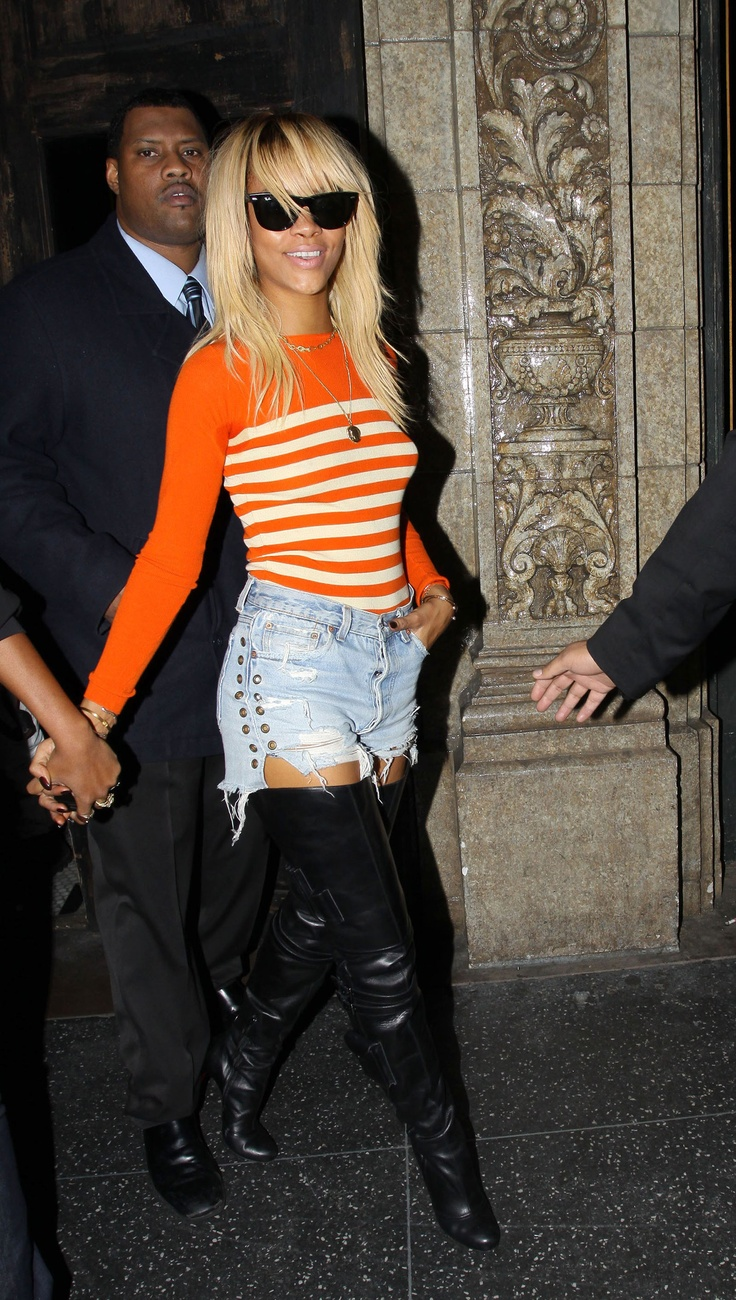 Rihanna In Cut Offs With Thigh High Leather Boots Rihanna. RiRi #Rihanna, #Riri, #pinsland, https://apps.facebook.com/yangutu