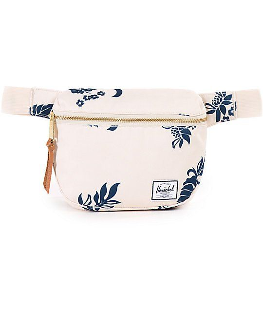 For all the little things in life that you have to carry around, this Fifteen tropical floral canvas fanny pack by Herschel is just what you need. A hands free way to carry your personal items and keep them safe and secure to your body. The charming tropi