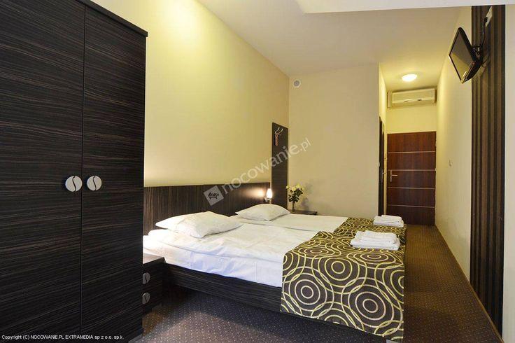 Sulbin to trzygwiazdkowy obiekt, oferujący swoim gościom salę weselną, restauracyjną oraz hotel. Więcej informacji na: http://www.nocowanie.pl/noclegi/garwolin/kwatery_i_pokoje/81802/