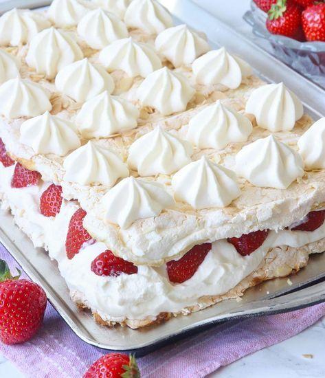 Pinocchiotårta med jordgubbar
