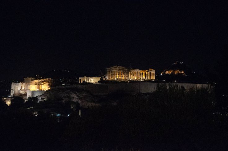 Acropoli di notte vista da Philopappus
