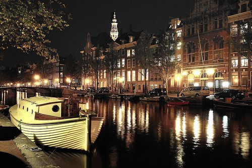 Amsterdam - check, but I didn't get the full experience... :(Spaces, Favorite Places, Night Lights, Beautiful, Boats, Night Time, Netherlands, Mindfulness Travel, Amsterdam Canal