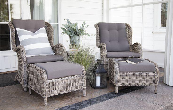 Marbella hagestol i PE rotting og myke puter. Hagemøbler - Outdoor furniture from Krogh Design. For info og bestilling: www.krogh-design.no/hage
