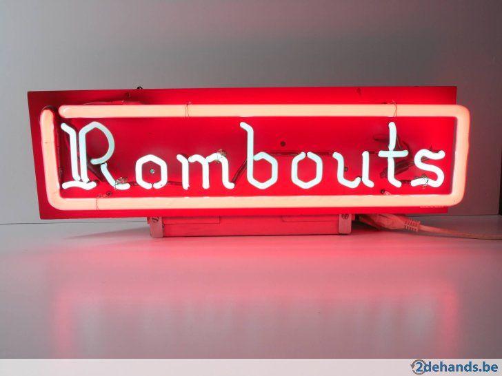 Rombouts koffie (Antwerpen) neon lichtreclame afm. dim 65 x 22 cm Datum - date: 1970 Enkel bieden op 2dehands.be, niet per e-mail.