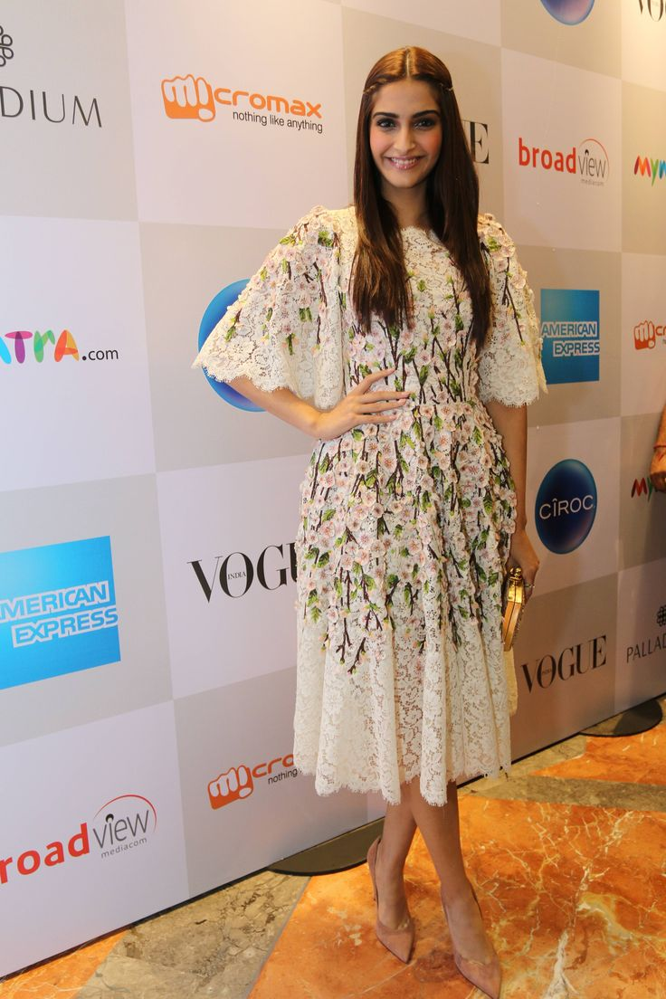 Sonam Kapoor sported a floral print and lace @dolcegabbana dress at sixth edition of Vogue India's FNO (Fashion's Night Out).