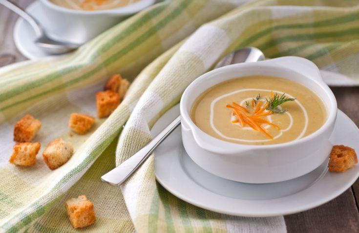 Hrachová polievka so syrom