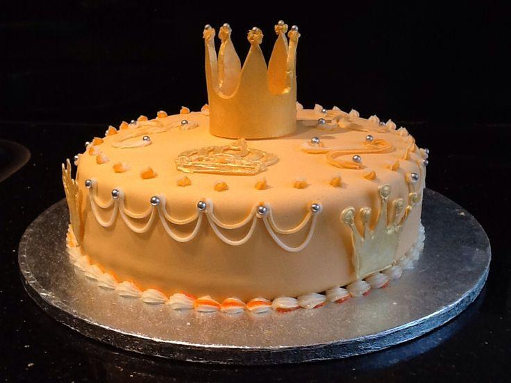 Een taart om de eerste koningsdag van koning Willem Alexander en koningin Maxima te vieren.