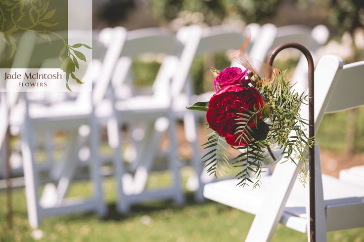 We love this amazing burgundy bloom with peppercorn berry. Sunshine optional but highly recommended. www.jademcintoshflowers.com.au www.katstanleyphotography.com
