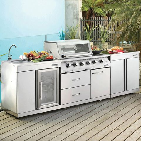 Gasmate's s/steel Platinum 4 Burner BBQ kitchen.  Incl removable side shelves, temp gauge, cool touch handle, satin enamel cast iron reversible plate.