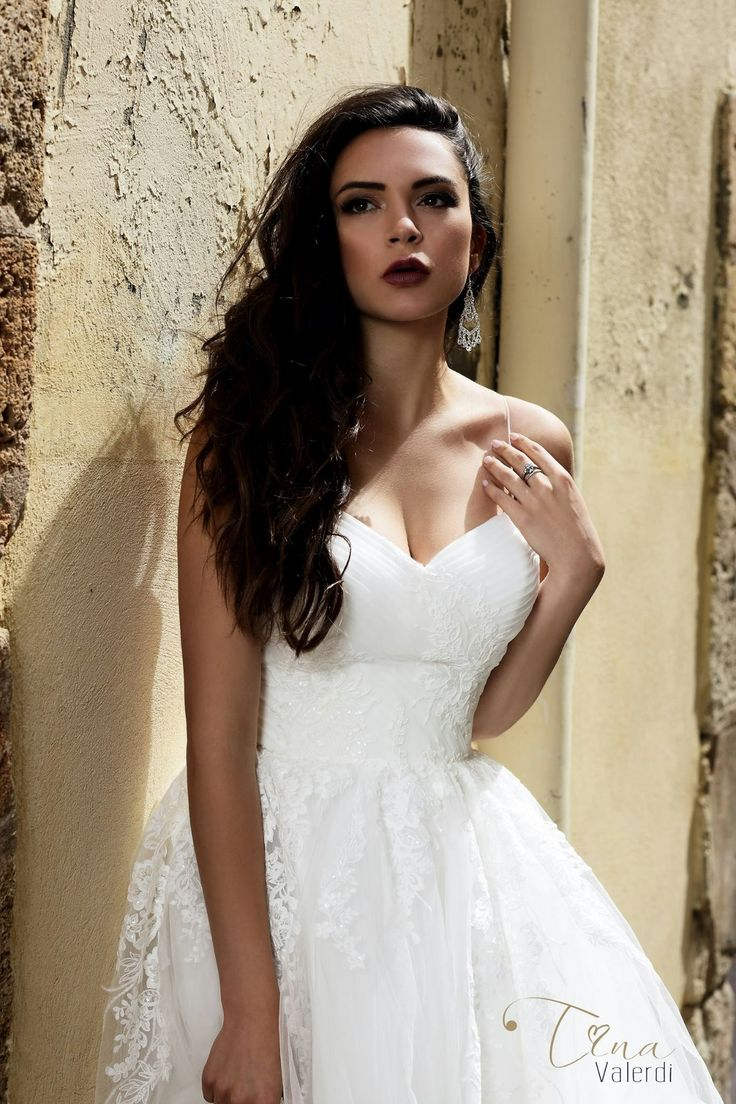 This elegant and feminine wedding dress, will perfectly emphasize the slender and graceful figure of the bride. And the neckline of the heart will focus on the lines of the shoulders and neck...  #barcelonadreams #inspiration #tenderness #nudeperfection #spain #wedding #weddingdress #manufacturer #design #bride #bridetobe #photoshoot #newcollection #dress #nude #fashion #weddingfashion