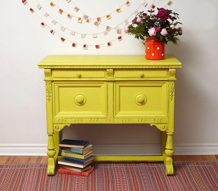 Todo lo que has de saber para aprender a utilizar la pintura del momento. Usar chalk paint es lo mejor para renovar tus muebles.| Decoración 2.0
