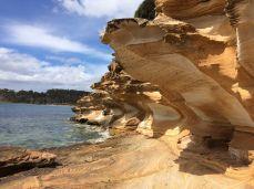 Painted Cliffs, Maria Island, Tasmanië, Australië #tasmania #tassie #australia #roadtrip
