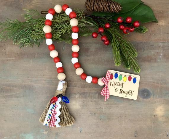 Christmas Bead Garland. Merry and Bright Christmas Lights Bead Garland. READ description carefully-