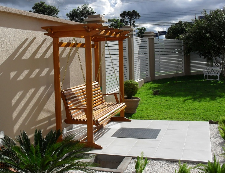pergola with swing. This is what I want. Narrow profile.