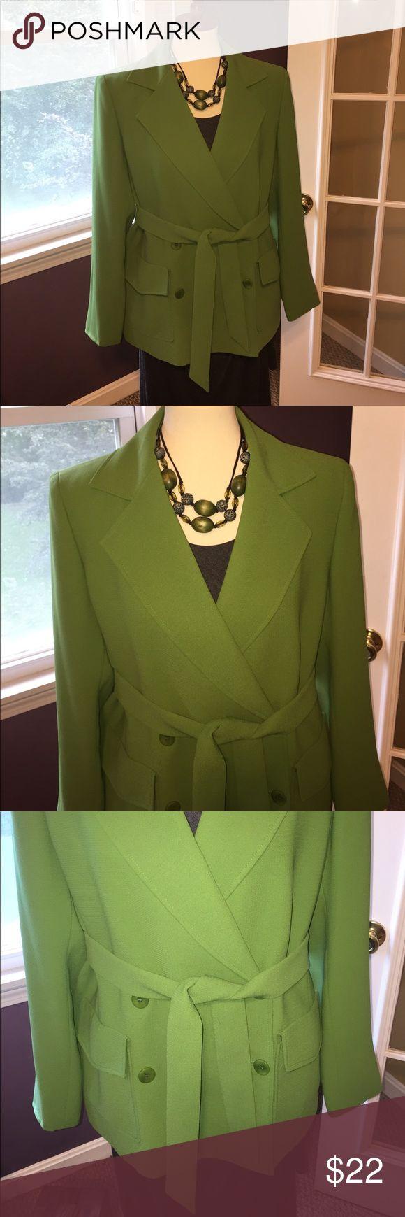 Kasper olive green blazer. Size 12. Kasper olive green blazer. Size 12. 100% polyester. Small pull on one sleeve see photo. Belted waist is optional. kasper Jackets & Coats Blazers