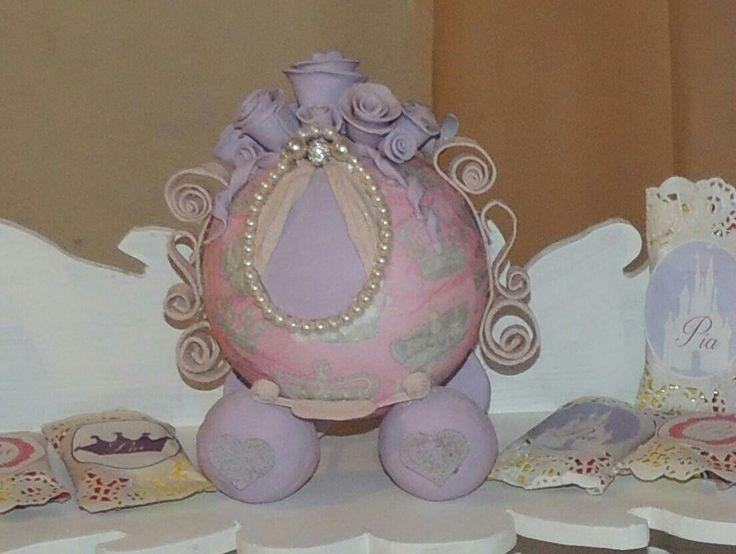 Carroza princesa porcelana fría