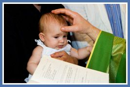 Baptism Party Checklist - 10 Things to know when planning a baptism #baptism