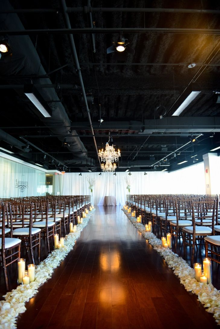 The Ivory Room // Columbus, Ohio Wedding Venue