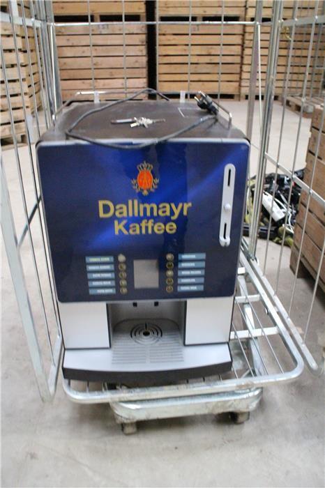 """Karner & Dechow Industrie Auktionen - Industrie-Kaffeemaschine Fabrikat unbekannt, mit Aufschrift """"Dallmayr Kaffee"""", 10 Auswahlmöglichkeiten, Abmaße ca. 400 x - Postendetails"""