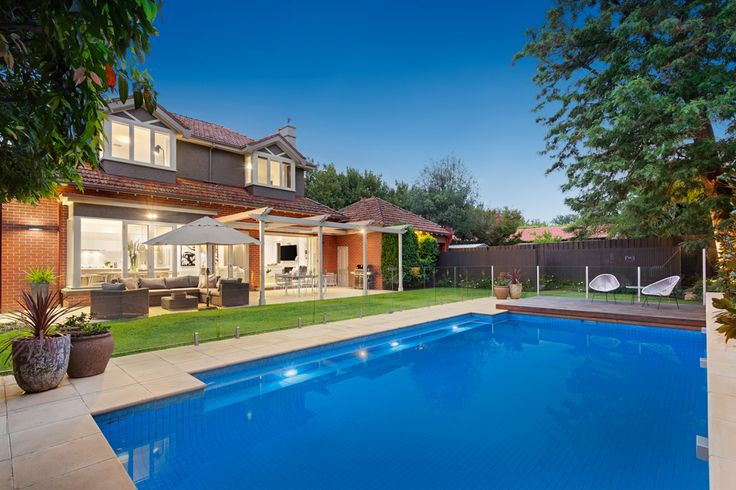 Malvern East - Abercromby's Real Estate