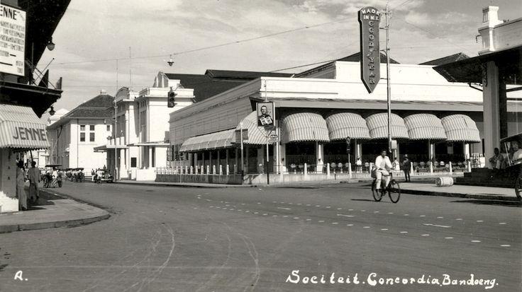 Sociteit-Concordia te Bandoeng. 1935