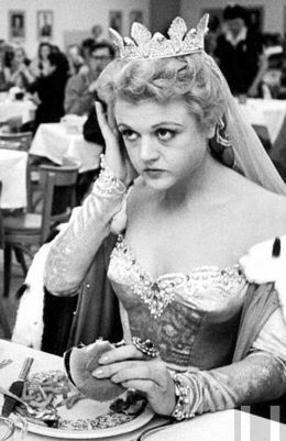 Angela Lansbury eating like a pro