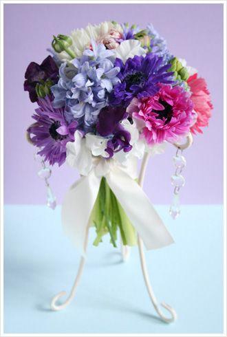 アネモネ ヒアシンス ピンク 紫 クラッチブーケ
