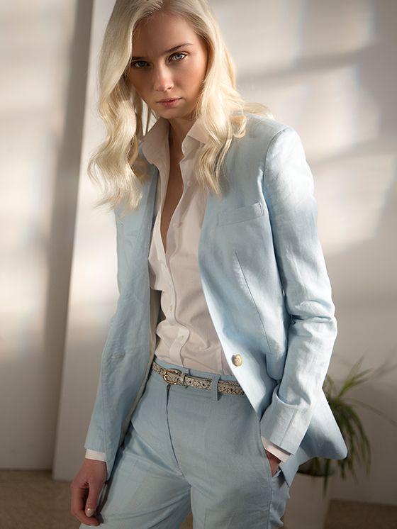 Customize and design your suit how YOU want it at sumissura.com  To get the same one as in the picture, click here: http://www.sumissura.com/en/women/pant-suits/personalize?from=collection&type=768  The shirt: http://www.sumissura.com/en/women/custom-dress-shirts/personalize?from=collection&type=767