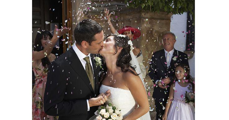 Iata 10 sfaturi pentru nunta, care te vor ajuta sa treci mai usor peste pregatirile pe care trebuie sa le faci pentru ziua cea mare! Urmeaza aceste sfaturi utile pentru nunta!